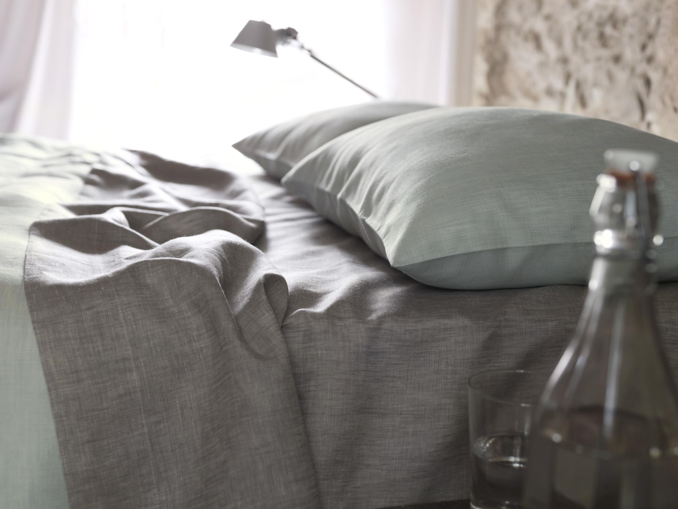 leinen bettw sche christian fischbacher schlossberg. Black Bedroom Furniture Sets. Home Design Ideas