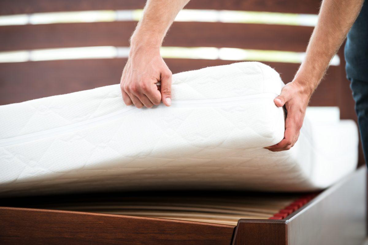 Bett und Matratze entsorgen