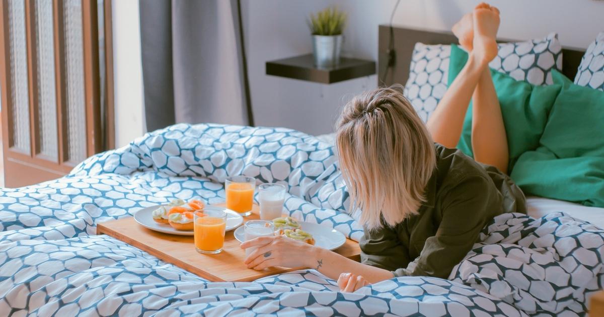 Wie Ernährung den Schlaf beeinflusst